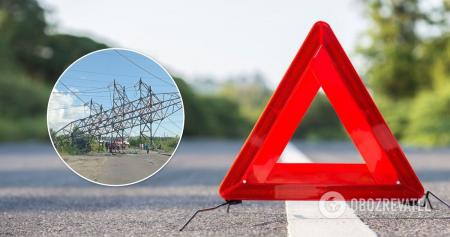 В Киеве грузовик снес электроопору: движение перекрыто. Фото и видео